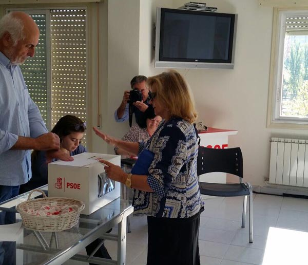 Gonzalo Caballero, nuevo secretario general del PSdG, y Javier Lambán, reelegido líder de los socialistas aragoneses