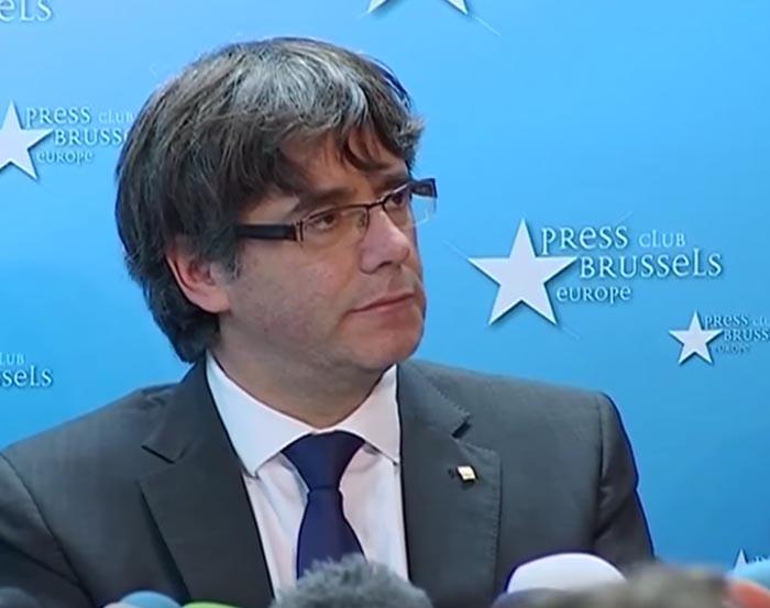 La Fiscalía pide detener a Puigdemont