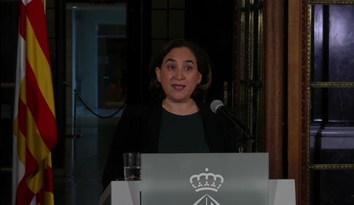 Colau sostiene que Puigdemont sigue siendo President de la Generalitat