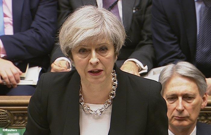 ¿Cómo May va a atajar los escándalos sexuales de su partido?