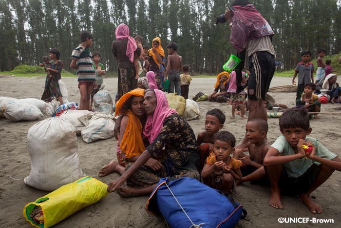 Mueren ahogados cinco niños rohingya huyendo a Bangladesh