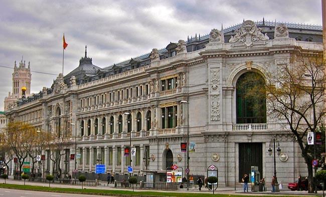 El Banco de España alerta de un menor crecimiento por la crisis territorial