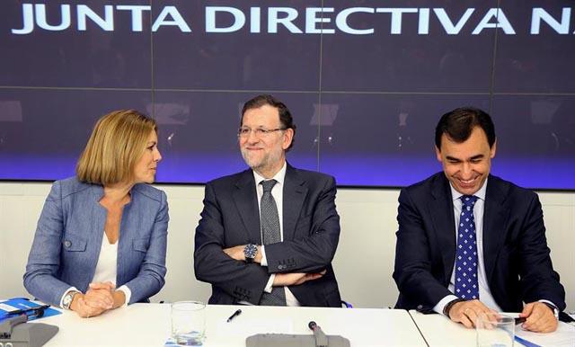 Rajoy amenaza con más pérdida de poder adquisitivo para los funcionarios