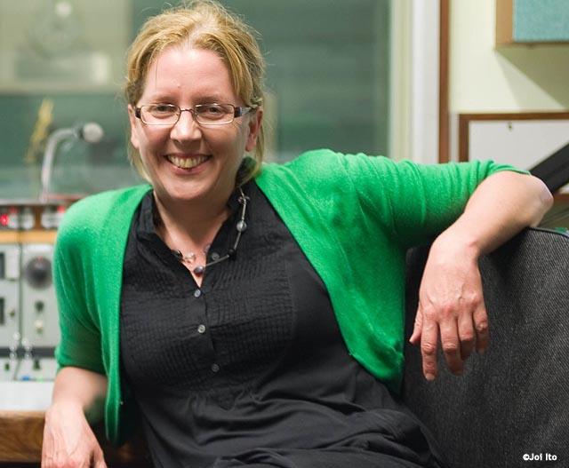 La conocida periodista británica Carrie Grace, BBC, dimite por machismo salarial de la cadena pública