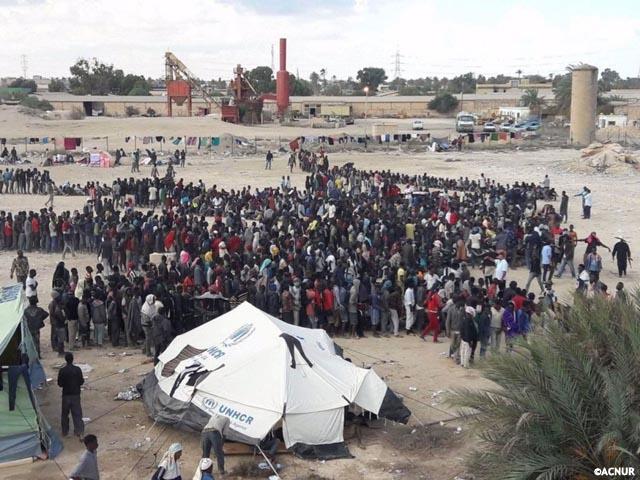 ACNUR pide que Europa acoja a los refugiados en Libia