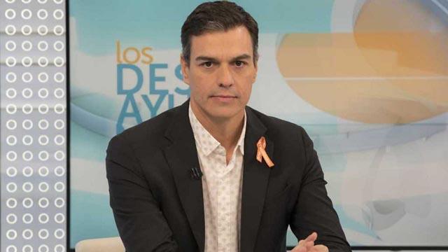 """Pedro Sánchez: """"Es difícil confiar en la estrategia del gobierno para resolver la crisis catalana"""""""