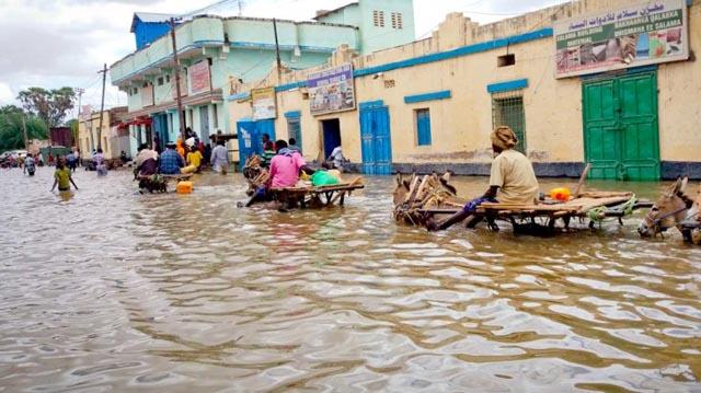Decenas de muertos por las inundaciones en Somalia