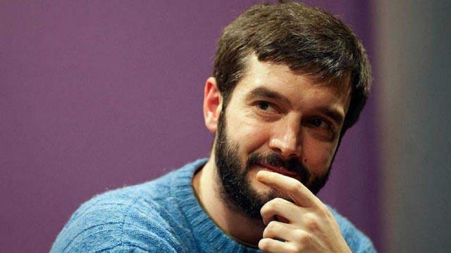 El cabeza de lista de Podemos a las Europeas, Pablo Bustinduy, renuncia a su cargo