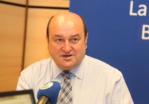 El PNV deja caer que su apoyo a Sánchez depende del gobierno de Navarra