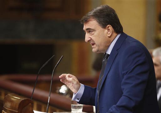 Aitor Esteban (PNV) exige al PSOE que negocie hasta el final