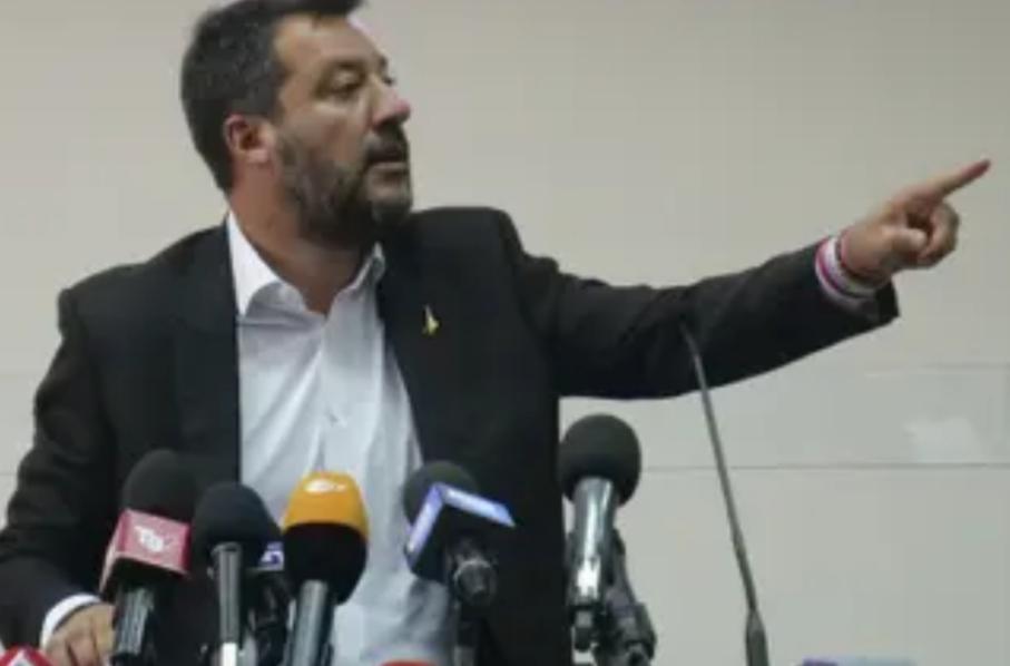 """Salvini enloquecido carga contra los """"supuestos enfermos y menores"""" del 'Open Arms'"""