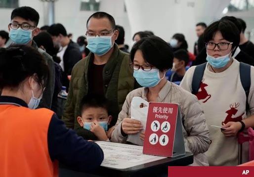 China establece la cuarentena por coronavírus en Wuhan con 11 millones de habitantes a los que no deja salir
