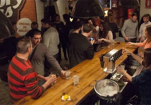 Bares de copas y discotecas de Madrid podrán abrir desde mañana