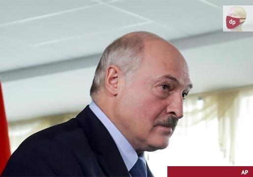Lukashenko gana por un 80% las elecciones en Bielorrusia y provoca disturbios en las calles