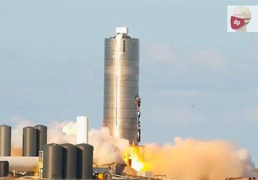 SpaceX logra despegar un prototipo para 100 personas