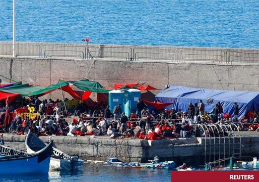 Canarias: explosiona la tensión migratoria