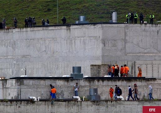 Decenas de muertos por motines en las cárceles de Ecuador