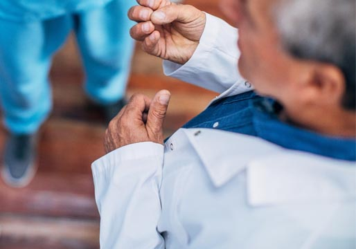 Madrid utiliza sanitarios jubilados para poner vacunas