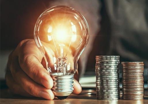 El precio de la luz, a punto de batir el martes el récord histórico