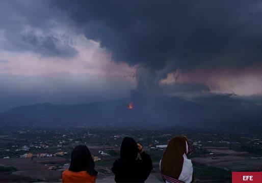 La nube de azufre de La Palma llega a la Península Ibérica