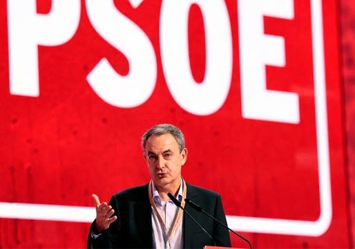 """Zapatero a Casado: ni a España ni al PP le irá """"bien derechizándose"""""""